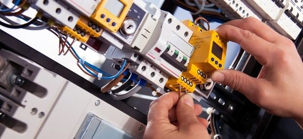 Students want to find out how to become an electrician without an apprenticeship in Australia, plus the course requirements for TAFE and the salary after.